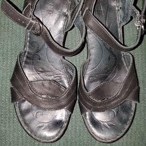 BORN, Size 8, black strappy wedge sandals.
